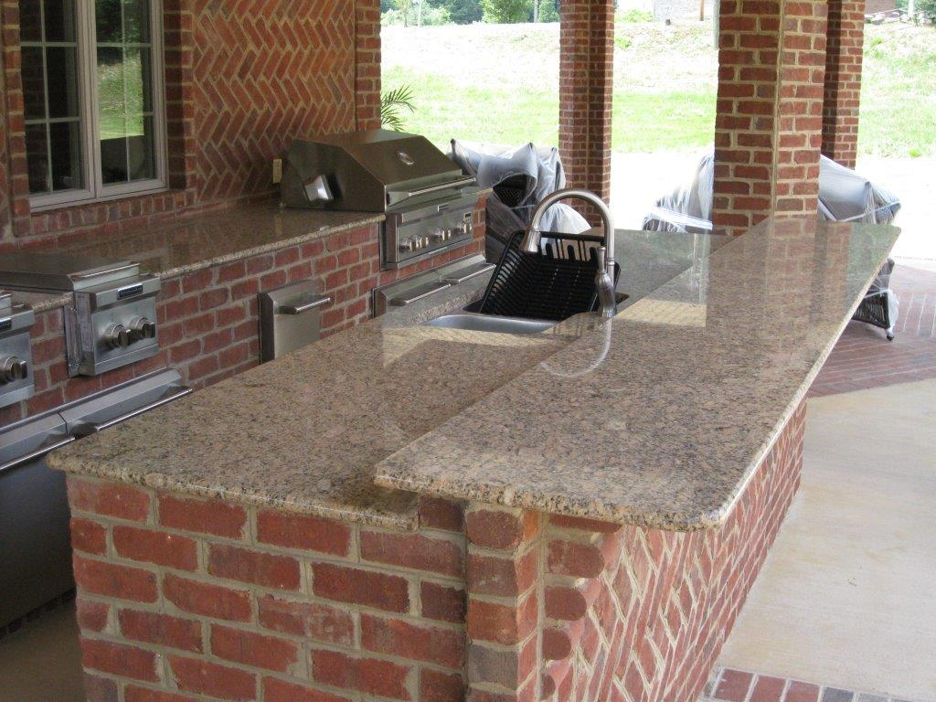 Outdoor brick kitchen artisan interiors and builders for Kitchen units made of bricks